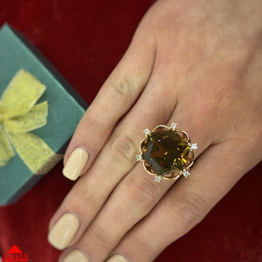 18c2d3db53f6 Кольцо золотое с большим камнем султанит - 7393021