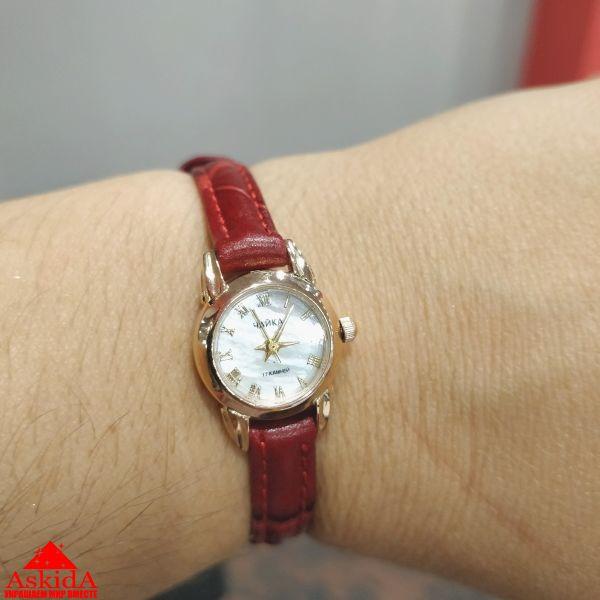 Женские чайка продать часы работы юриста час стоимость